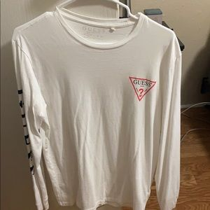Guess small t shirt !